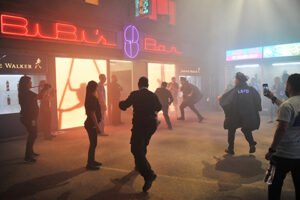 Blade-Runner-2049-Police-Chase-SDCC-2017-photo-by-Kendall-Whitehouse-480x320