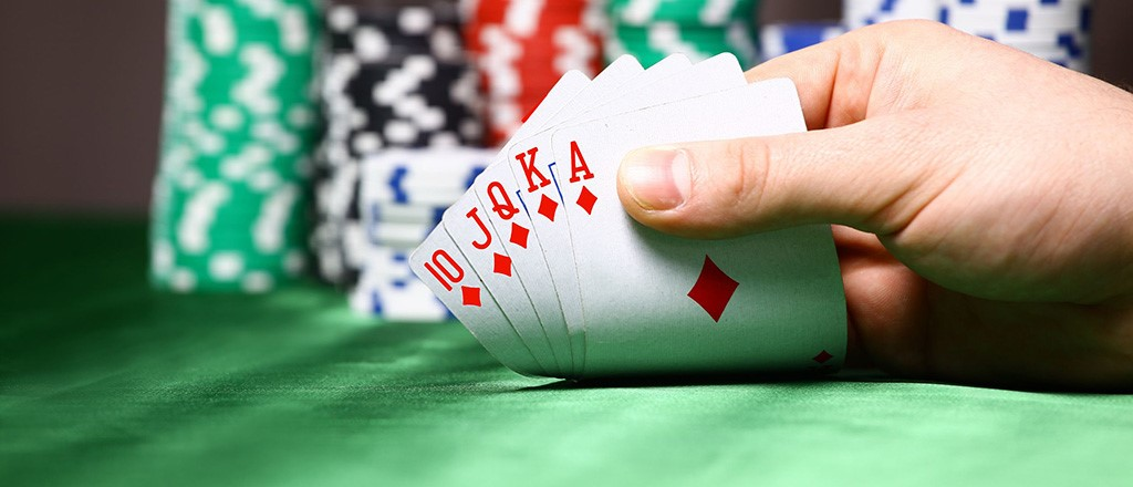 Why Top Entrepreneurs Are Like Good Poker Players - Knowledge@Wharton